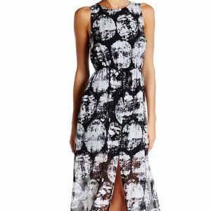 Like New Kensie Printed Maxi Dress